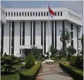 Permasalahan Pengembangan EBT di Indonesia