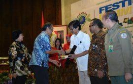 Ditjen EBTKE Peroleh Penghargaan Kementerian KLH