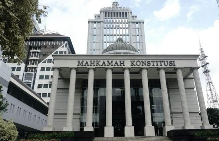 MK Tolak Permohonan Warga Bandung Soal Uji Materi Bagi Hasil Panasbumi