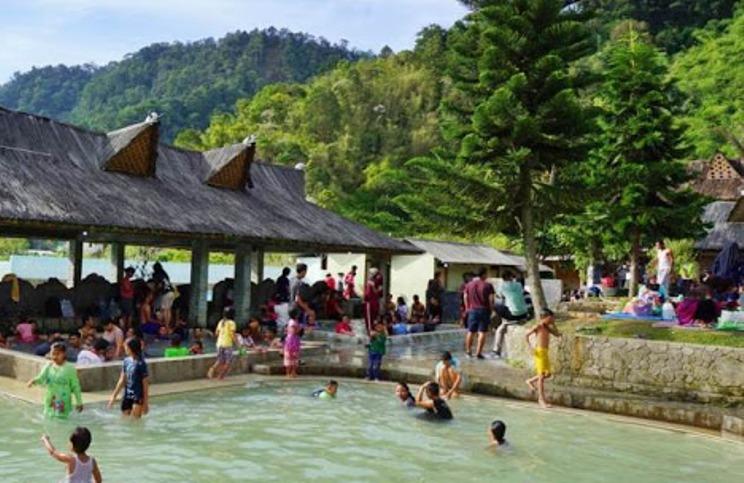 Panasbumi Sibayak, Anugerahi Sidebuk-debuk dengan Air Panas Alami