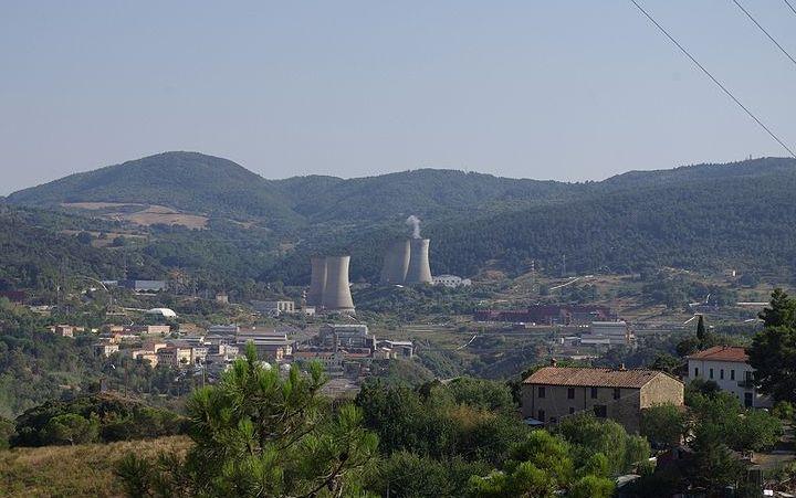 Larderello, Pembangkit Panasbumi Pertama di Dunia